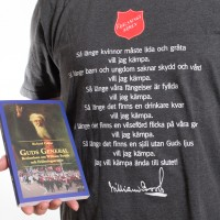 Guds General, kampanj med grå t-shirt